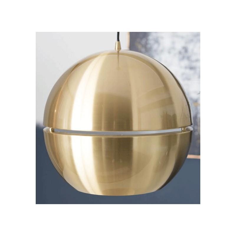 Złota lampa wisząca w kształcie kuli marki ZUIVER.