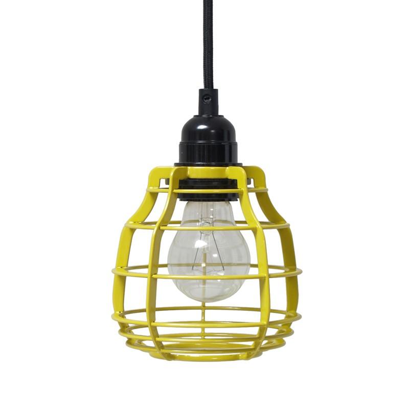 Żółta lampa w industrialnym stylu
