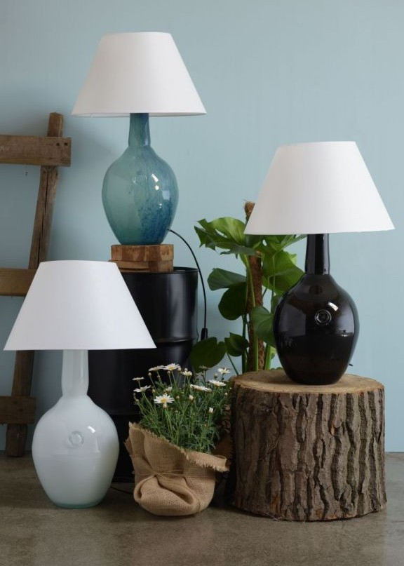 lampy stołowe z kolorowego szkła